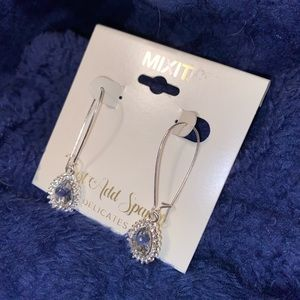 BRAND NEW JCPENNY MIXIT EARRINGS💙